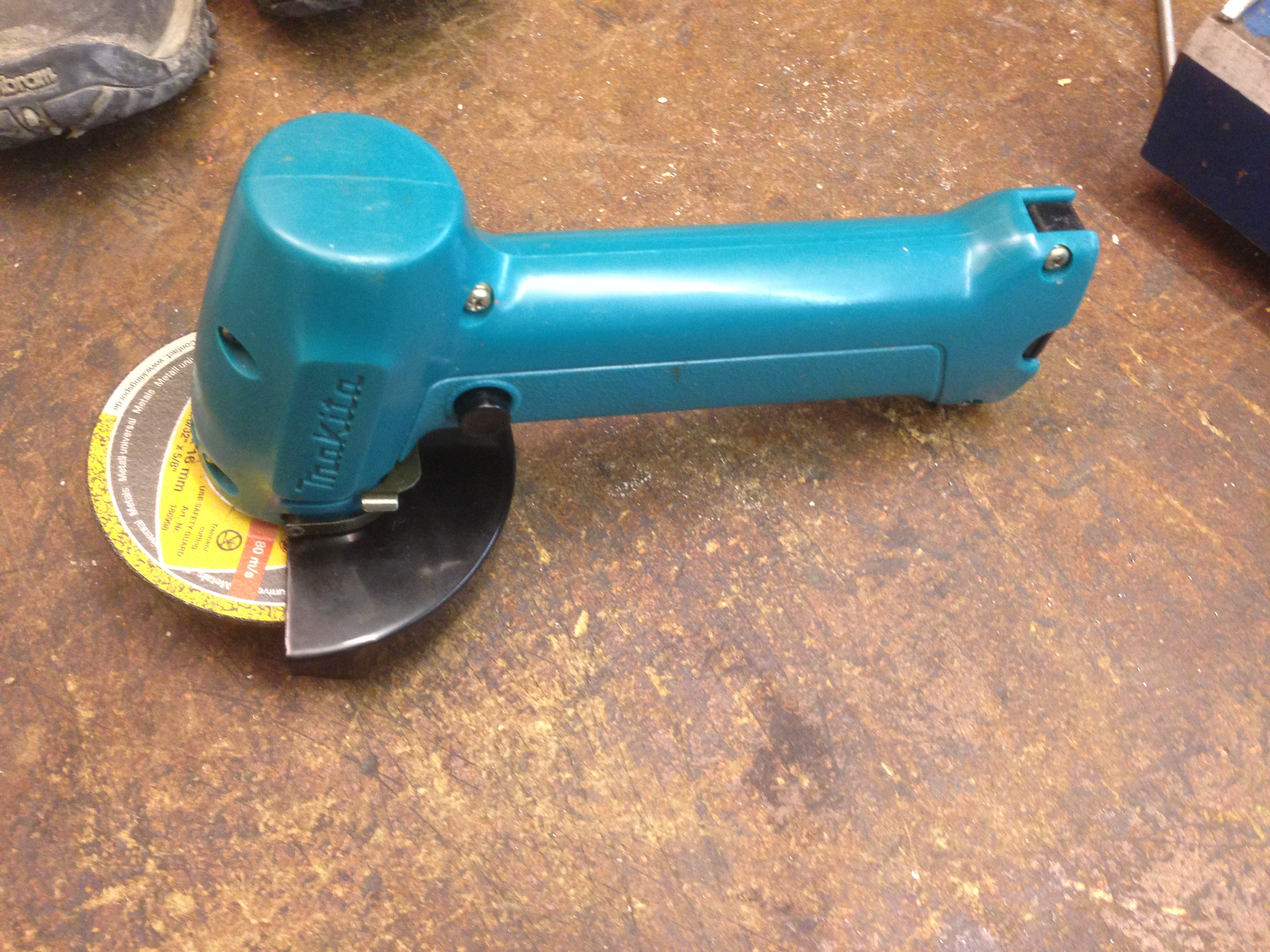 Makita 9500D Complete